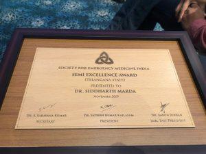 dr-siddhrth-award_premier hosp